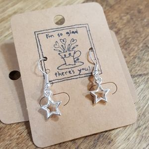 New silver star dangle earrings for gifting
